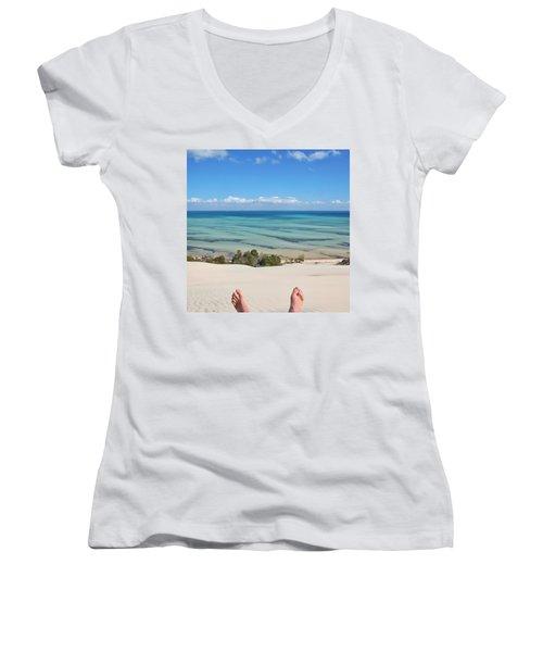 Ocean Views Women's V-Neck