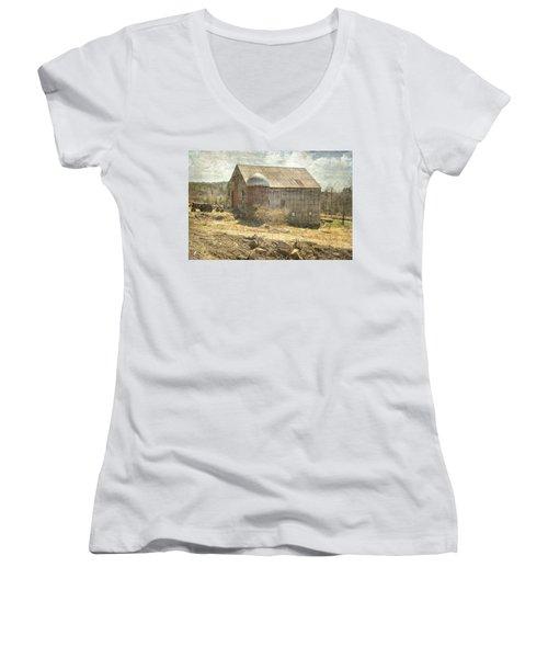 Old Barn Still Standing  Women's V-Neck T-Shirt (Junior Cut) by Betty Pauwels