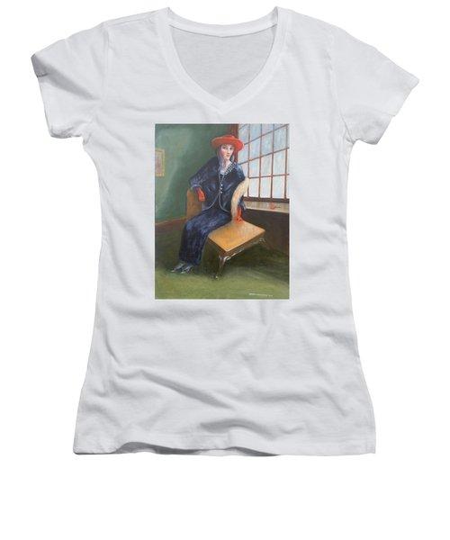 Old Chicago Women's V-Neck T-Shirt