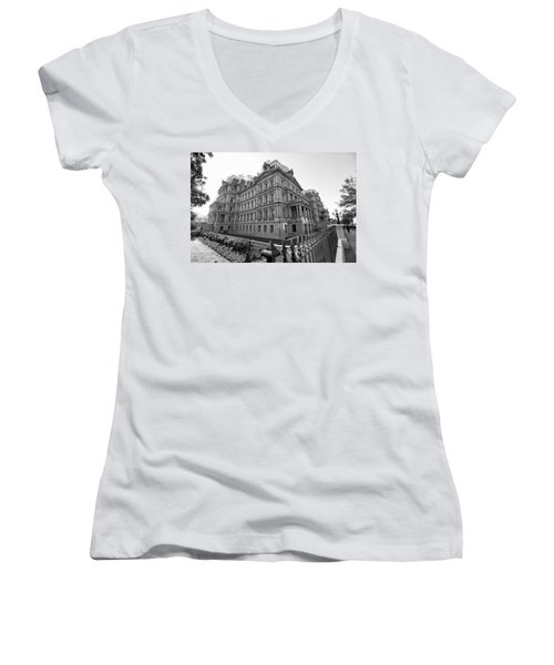 Old Executive Office Building Women's V-Neck