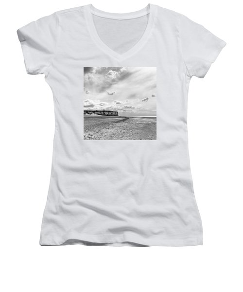 Old Hunstanton Beach, Norfolk Women's V-Neck (Athletic Fit)