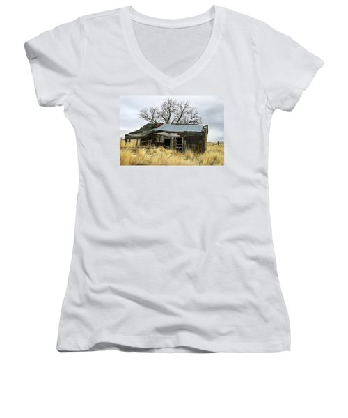 Old Wyoming Farmhouse Women's V-Neck