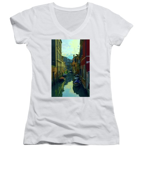 one of the many Venetian canals at the end of a Sunny summer day Women's V-Neck T-Shirt