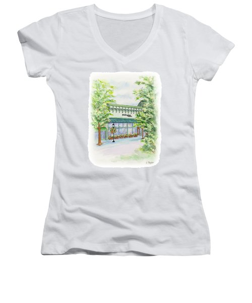 Paddington Station Women's V-Neck