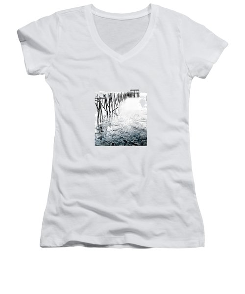 Women's V-Neck T-Shirt (Junior Cut) featuring the photograph Palafitico by Edgar Laureano