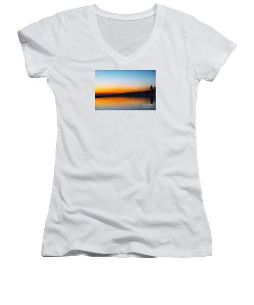 Pammukale Women's V-Neck T-Shirt