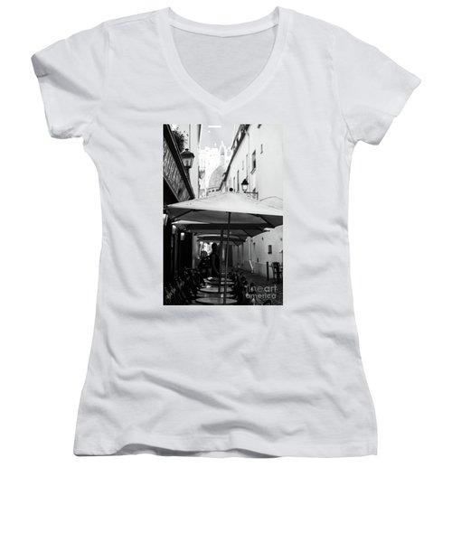 Paris Scene Women's V-Neck T-Shirt