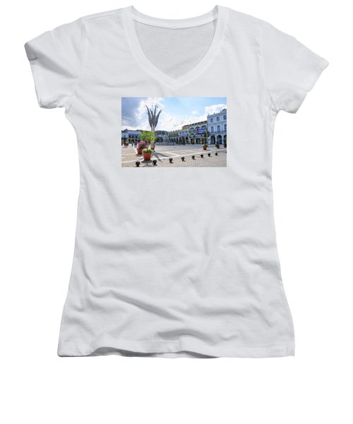 Plaza Vieja Women's V-Neck T-Shirt