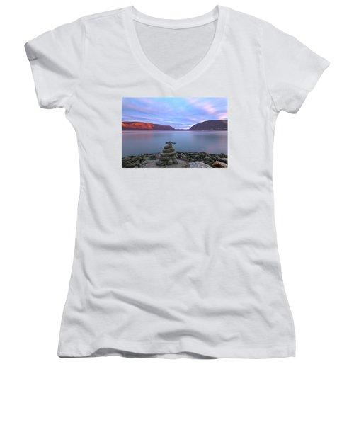 Plum  Point Rock Cairn At Sunset Women's V-Neck T-Shirt