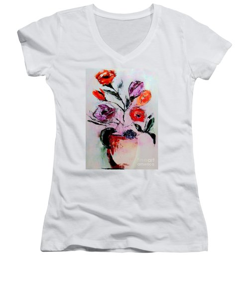 Pottery Plants Women's V-Neck T-Shirt