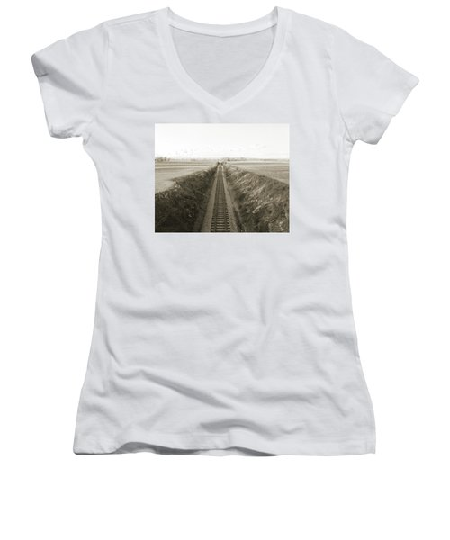 Railroad Cut, West Of Gettysburg Women's V-Neck T-Shirt (Junior Cut)