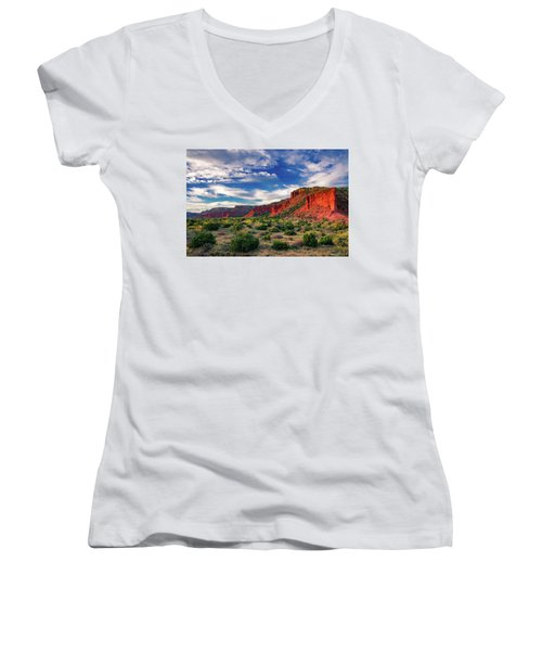 Red Cliffs Of Caprock Canyon 2 Women's V-Neck
