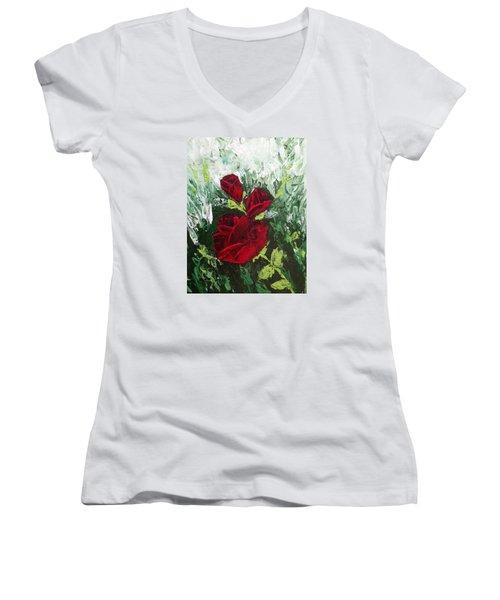 Red Roses In Bloom Women's V-Neck T-Shirt (Junior Cut)