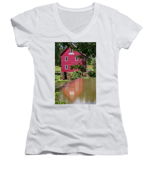 Starrs Mill Reflection Women's V-Neck