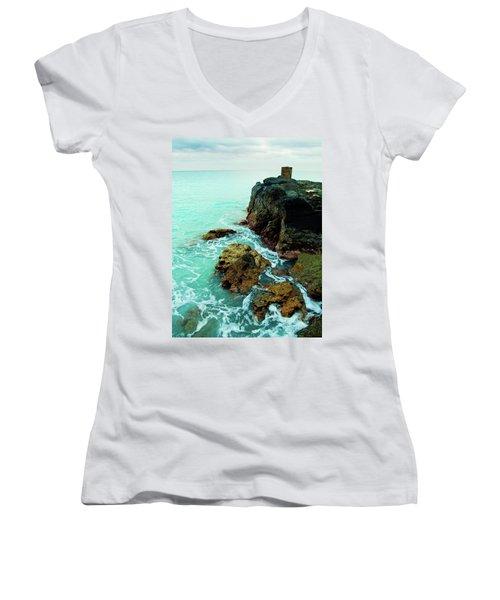 Rocky Landing Women's V-Neck T-Shirt