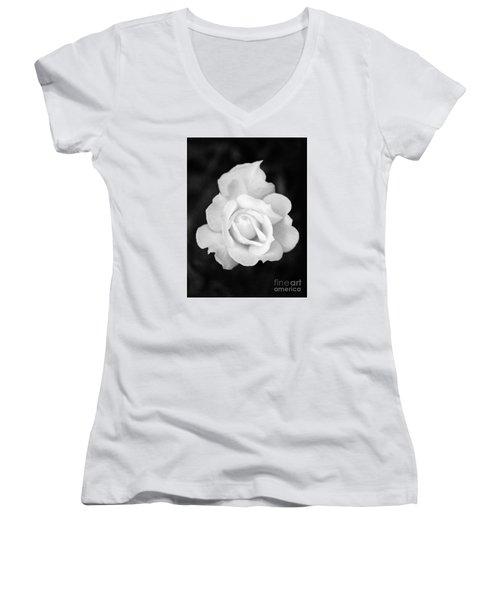 Rose In Black And White Women's V-Neck T-Shirt