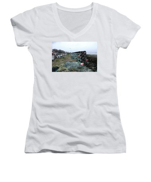 Roundstone 3 Women's V-Neck