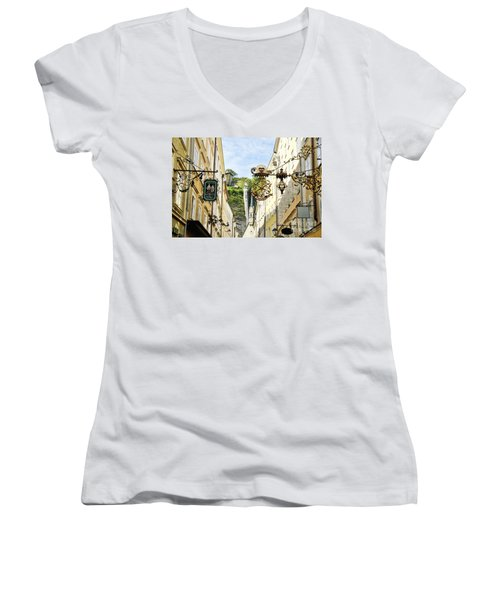Salzburg Shopping Women's V-Neck