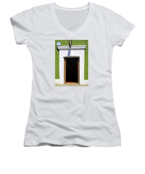 San Jose Del Cabo Door 7 Women's V-Neck T-Shirt