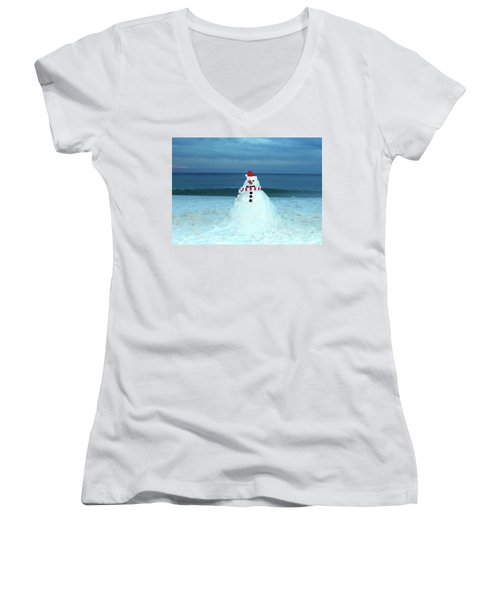 Sandy The Snowman Women's V-Neck T-Shirt