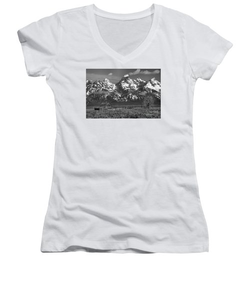 Scenic Mormon Homestead Black And White Women's V-Neck T-Shirt (Junior Cut) by Adam Jewell