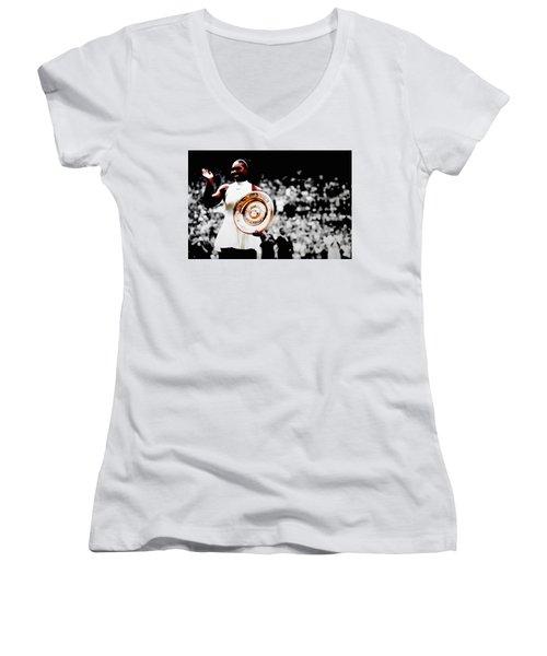 Serena 2016 Wimbledon Victory Women's V-Neck T-Shirt