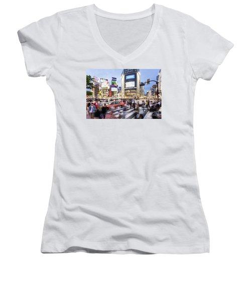 Shibuya Crossing At Night In Tokyo Women's V-Neck T-Shirt
