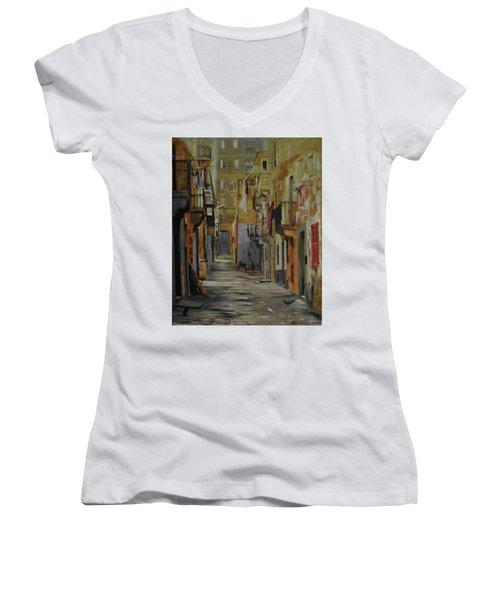 Si Esta. Women's V-Neck T-Shirt