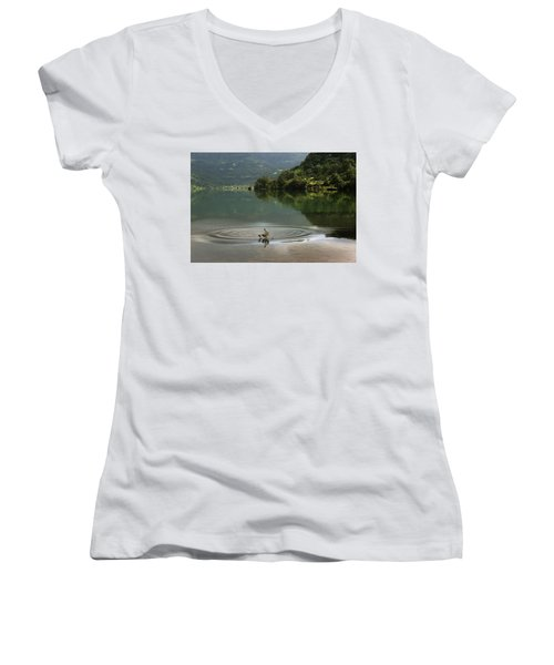 Skc 3996 At The Edge Of A Circle Women's V-Neck T-Shirt