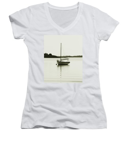 Sloop At Rest  Women's V-Neck T-Shirt (Junior Cut) by Roupen  Baker