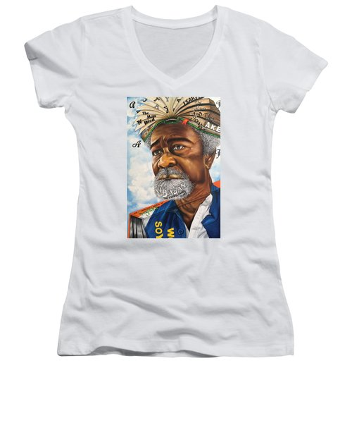 Soyinka An African Literary Icon Women's V-Neck (Athletic Fit)