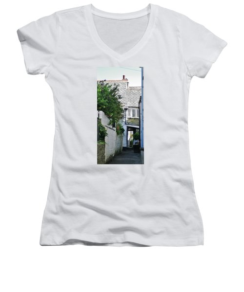 Squeeze-ee-belly Alley Women's V-Neck T-Shirt (Junior Cut) by Richard Brookes