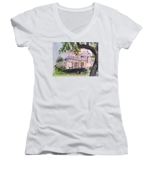 St Charles @ Valance New Orleans Women's V-Neck T-Shirt