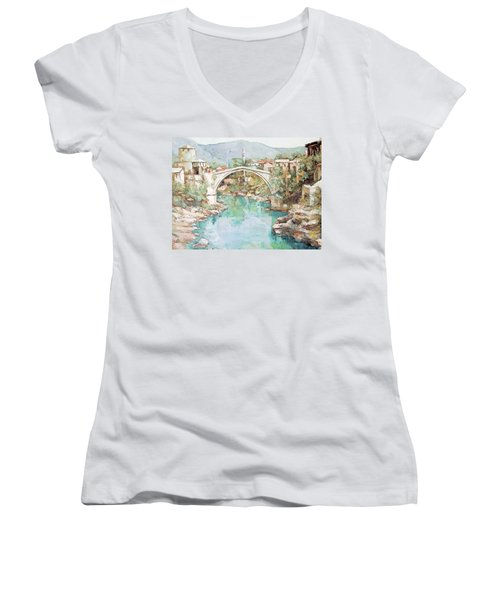 Stari Most Bridge Over The Neretva River In Mostar Bosnia Herzegovina Women's V-Neck T-Shirt