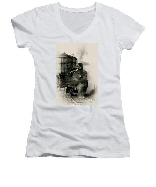 Steam Train Women's V-Neck T-Shirt