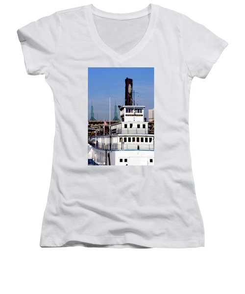Sternwheeler, Portland Or  Women's V-Neck