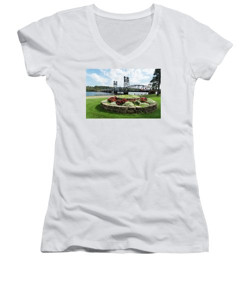 Stillwater And The Mississippi Women's V-Neck (Athletic Fit)