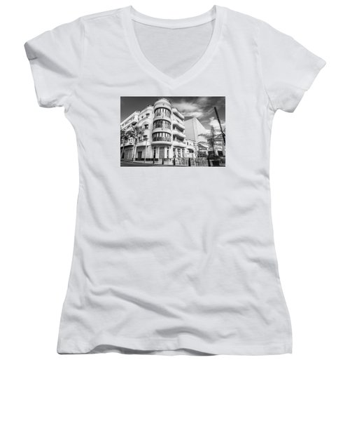 Stone And Steel. Women's V-Neck