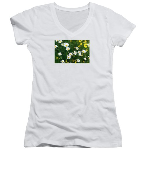 Summer Daisies Women's V-Neck (Athletic Fit)