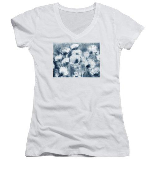 Summer Snow Women's V-Neck