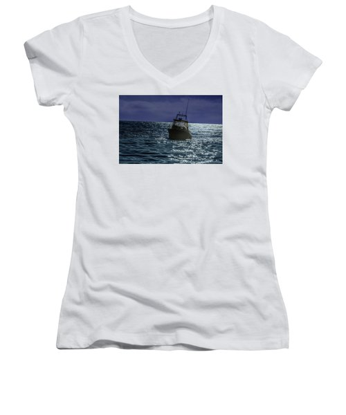 Sunsetting On Fisher Betting Women's V-Neck (Athletic Fit)