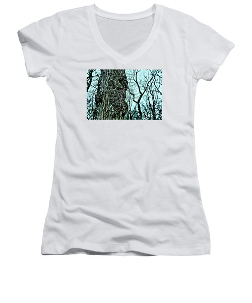 Women's V-Neck T-Shirt (Junior Cut) featuring the photograph Super Tree by Sandy Moulder