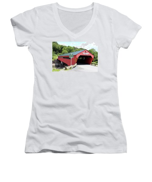 Taftsville Covered Bridge Women's V-Neck T-Shirt