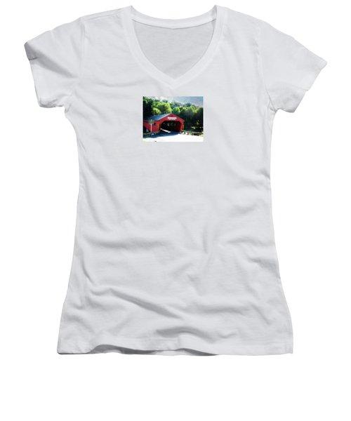 Taftsville Covered Bridge Women's V-Neck T-Shirt