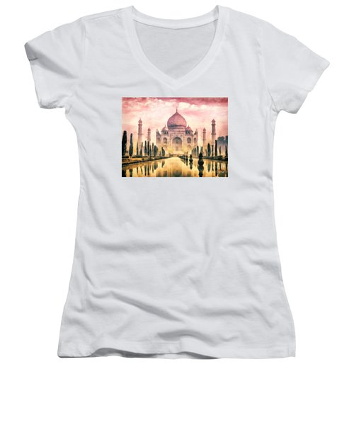 Taj Mahal Women's V-Neck T-Shirt