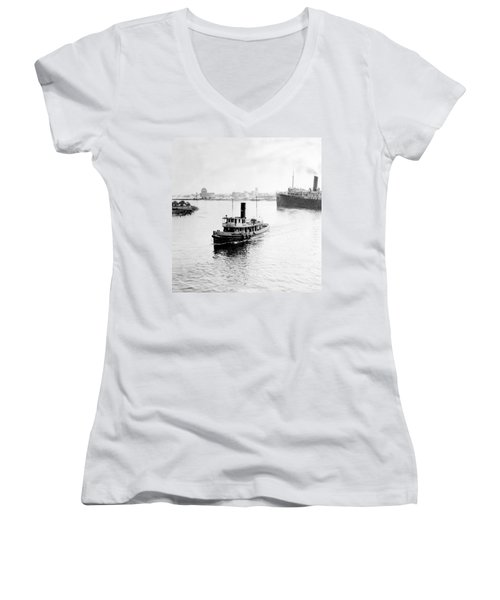 Tampa Florida - Harbor - C 1926 Women's V-Neck T-Shirt