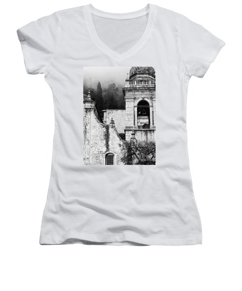 Taormina Church Detail Women's V-Neck T-Shirt