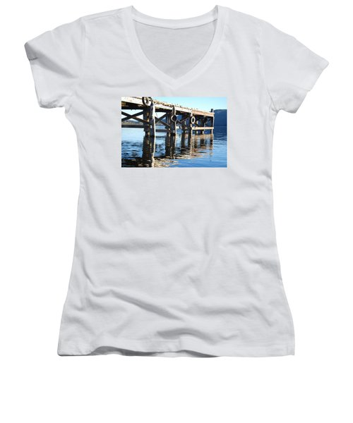 Te Anau Pier Women's V-Neck
