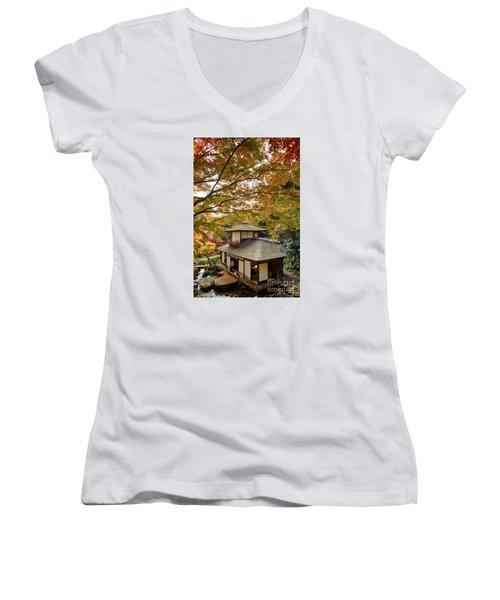 Women's V-Neck T-Shirt (Junior Cut) featuring the photograph Tea Ceremony Room by Tad Kanazaki
