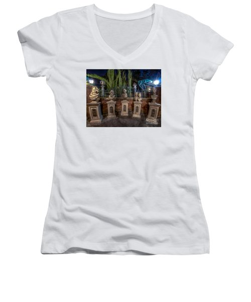 The Family Is All Here. Women's V-Neck T-Shirt